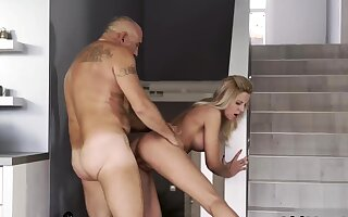 Creepy old guy and pater boss's daughter game Finally at