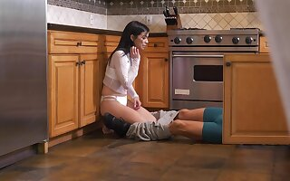 Listen in cams capture teen Collapsed Sixx misbehaving in the kitchen