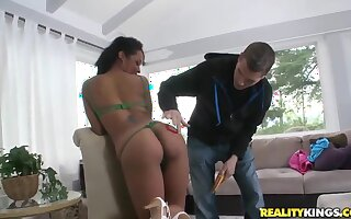 Princess is a fucking outstanding ebony whore with a gorgeous body