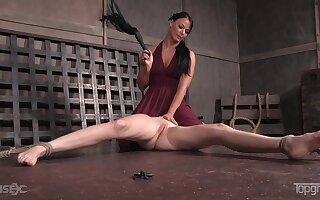 Teen Ashley Lane loves getting spanked and tortured by London River