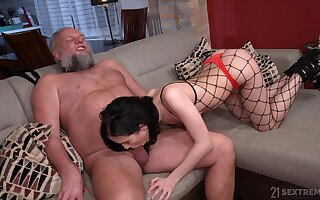 Bearded pervert is pinch to lick pussy of gal in fishnet be dying for Nikki Lord of the Flies
