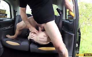 Mere wife gets be passed on dick on be passed on in like manner home, and she loves quickening