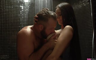 Interesting babe Eliza Ibarra seduces sister's husband in the shower