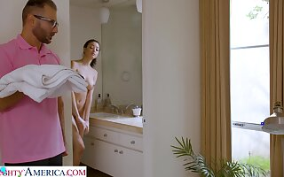 Stepdad screws Scarlett after spying upstairs their way close to the shower
